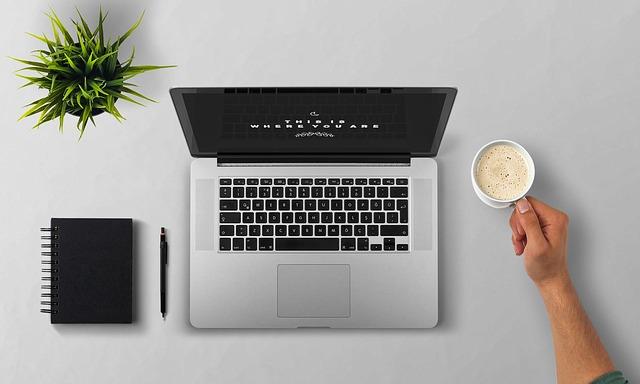 Blogger Alessio Del Vecchio sui nuovi consumi digitali